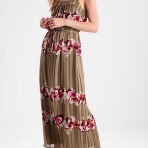 Banana Republic Floral Green Lucia Maxi Dress Sz 8